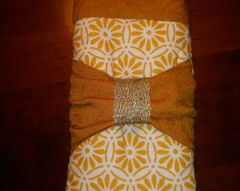 Beautiful ochre and gold glasses case