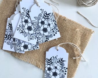 Black and White Floral Gift Tags