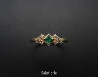 0.2 Carat Emerald Engagement Ring