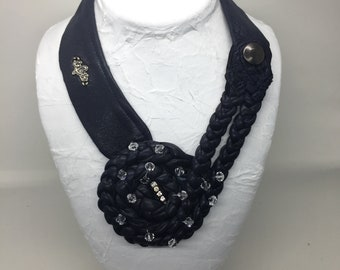 """Navy necklace recycled leather with braided with vintage style """"Swarovski"""" nest"""