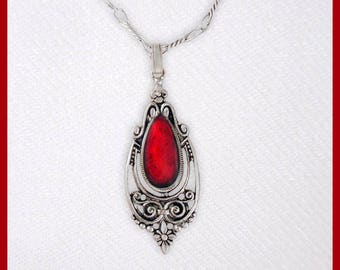 Vintage red pendant with chain