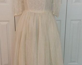 1950's Wedding Dress/vintage lace bodice wedding dress
