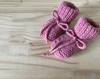 Baby booties knit Rose