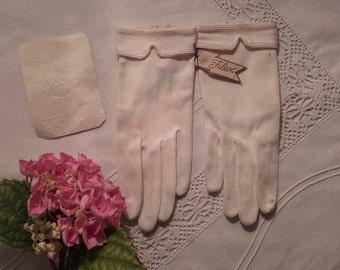 Pair of gloves for children