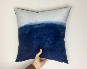handmade cushion cover made with 100% cotton and hand dyed with indigo