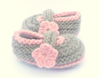 Knitting Pattern Baby Shoes Booties - Cosy Toes (Sizes for 0 - 12 mths)