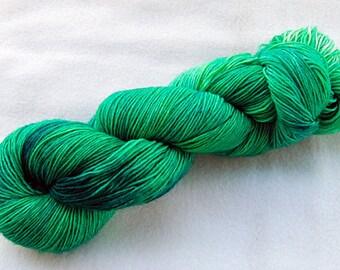 Handdyed SockYarn, 75 Wool, 25 Polyamid 100g 3.5 oz. Nr. 724