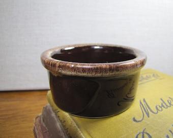 Small Hall 382 Ramkin - Dark Brown - Light Brown Drip Rim