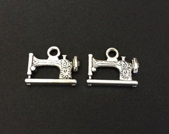 Antique Silver Finished Sewing Machine Charms. Sewing Machine Pendants. Handmade Jewelry Supplies.Charm Wholesaler.Hand Craft Supplies