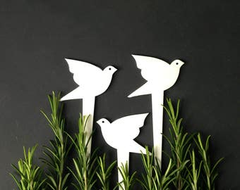 3 Bird plant markers Garden stakes Spring Summer Garden decor Mini sculptures Useful gardening gift for gardeners women grandparents friends