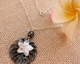 Monstera Leaf Plumeria Necklace, Black Lip Shell, Mother of Pearl Plumeria, Frangipani Necklace, Hawaiian Necklace, Tropical Necklace