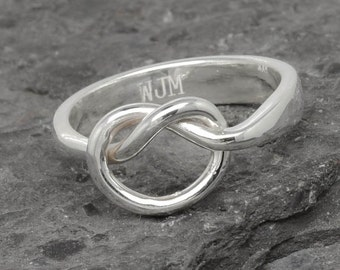 Infinity Ring, Engraving Ring, Knot Ring, Best Friend, Promise, Personalized, Friendship, Sisters, Mother Daughter, bridesmaid gift, bridal