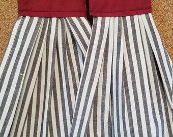 Striped hanging towel