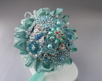 Flower girl or junior bridemaid bouquet of brooches.