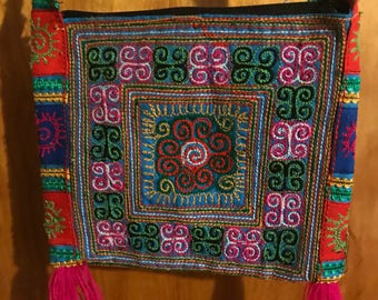 Flower Hmong small shoulder bag