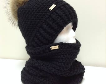 Set hat and neck warmer, tassel made of real fur, black, ready to ship