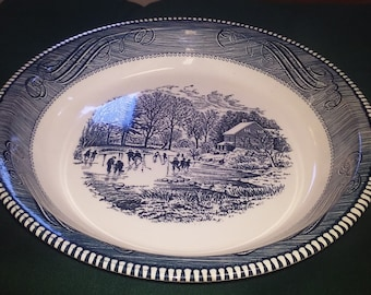 Pie Plate Royal China Jeannetter Classic Blue and White Vintage Glassware and Plate / Dish