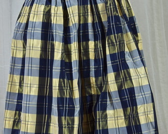 1960s blue and yellow plaid, taffeta skirt. Full pleated, clean and crisp. Size small