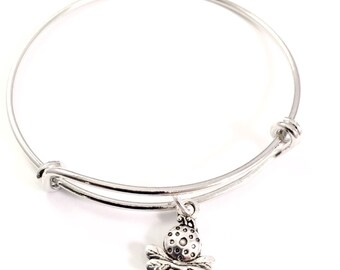 SALE  Little Girl bracelet   little bee charm bracelet   bee charm bracelet   little girl jewelry  bee charm  queen bee  flower girl jewelry
