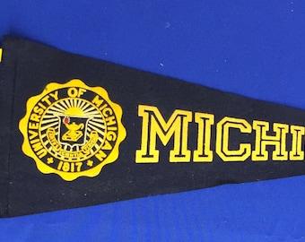 Vintage University of Michigan 22.25 inch Flocked Felt Style Pennant - Antique College Memorabilia