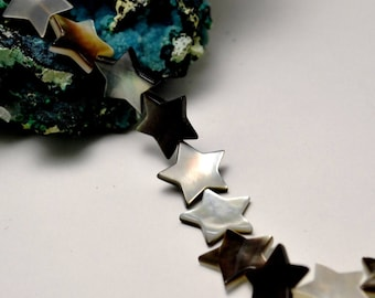 "4 beads Sea Pearl ""Star"", 14 x 14 mm, black / white"