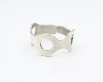 Handmade Artisan-Style Ring With Circle Cutouts in Sterling Silver Size 9.5. [8835]