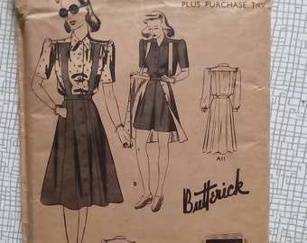 """1940s Playsuit - 32"""" Bust - Butterick 1321 - Vintage Sewing Pattern"""