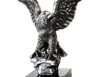 Aigle - sculpture, statue couverte de bronze