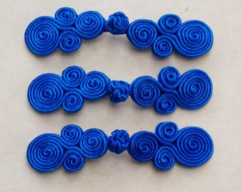 Cobalt frog closure. Satin scroll. Set of 3