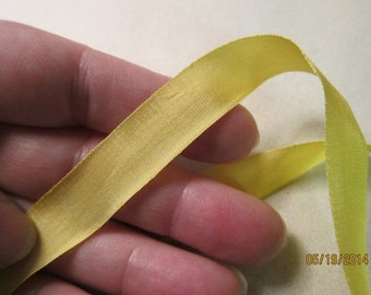 9/16-inch / 14mm, Woven Edge Rayon Ribbon, made by Vintage, Forsythia Yellow - Available in 10 yard cut lengths