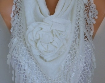White Knitted Floral Triangle Scarf, Wedding Shawl,Bridal Shawl Cowl Lace Bridesmaid Gift  Gift For Her,Women Fashion Accessories