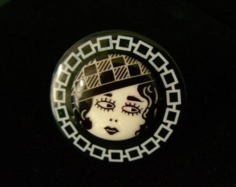 Flapper girl Button Ring