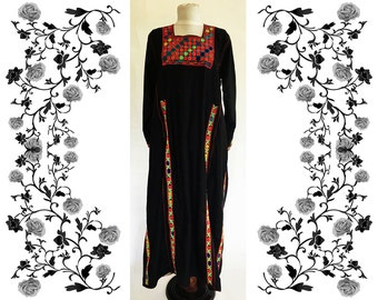 Antique Hand Embroidered Bedouin Palestinian Dress