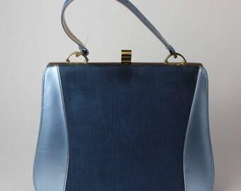 Vintage Johansen faux suede blue purse with push lock closure