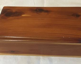Cedar Keepsake Box 1990s
