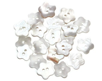 20 White Shell Buttons Flower Shaped - Mother of Pearl Color - 14mm Button - Flower Shaped Button - SL23