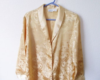Vintage Clothing Sleep Shirt Size Misses Medium Gold Floral 90s Covered Buttons Long Sleeve Sleepwear Lounging Top Streetwear Jacket Trend