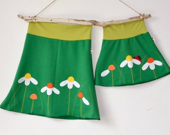 Mommy and me outfits, Mommy & Me daisies appliqué skirts, Mother daughter matching outfit,Mother's Day matching,Spring fashion,green jersey