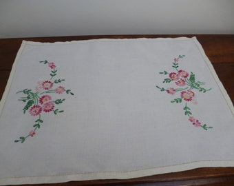 Linen Tray Cloth Hand-Embroidered with  Flowers at Both Ends