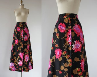 vintage 1960s maxi skirt / 60s skirt / 60s floral print skirt / 60s bright flower print skirt / 1960s full length skirt / size xs small