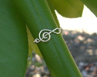 Silver wire Treble Clef Ring. Music Love Ring. Music Ring. Treble Clef Ring.