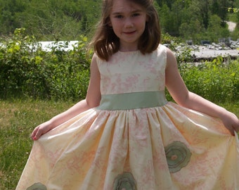 SAMPLE SALE -The Flower Dress - Girl's dress in size 8 years