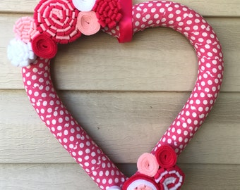 Valentines Wreath - heart Wreath - Valentine's Day Wreath - Polka Dot Heart Wreath -Felt Flower Wreath -Heart Felt Wreath -Pink Heart Wreath