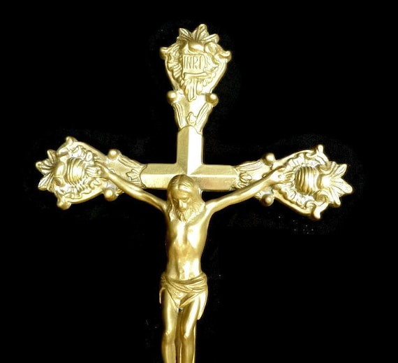 Brass Wall crucifixl /Large wal cross/ 3d wall art Brass wall