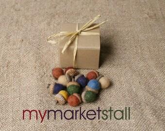 Felted Acorns / One Dozen / Gift Boxed / Autumn Decor / Rustic