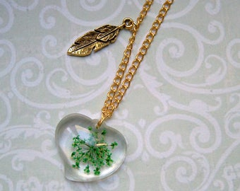 Necklace with real Dillblüte gold color