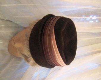 Vintage Chocolate Brown Felt Hat with Cream, Brown and Bronze Satin Detail,Gladys & Belle Jr., ca 1950s