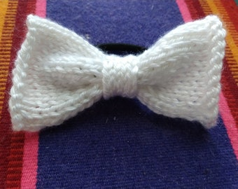 White Knitted Hairbow