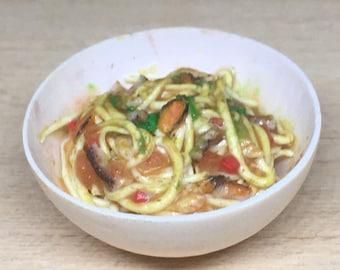 "Italian ""Spaghetti with seafood"" 1:12 scale in polymer clay"