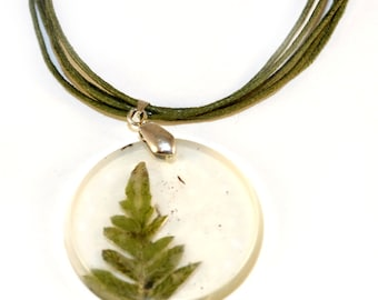 pendant with leaf